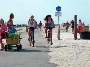 st-peter-ording-fahrradfahrer-2